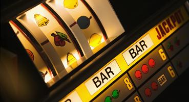 Hoe win ik van een gokkast of slotmachine?